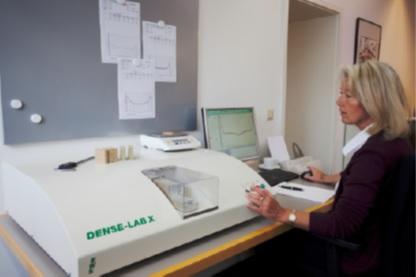 Лабораторный измеритель профиля плотности